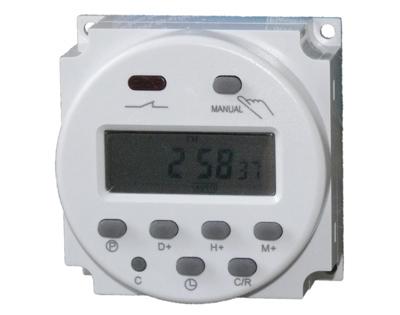 12 volt zeitschaltuhr 16 ampere f r elektroanlagen 618 www solarmodul photovoltaik com. Black Bedroom Furniture Sets. Home Design Ideas